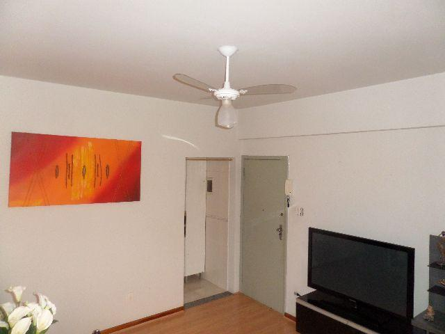 Apartamento 02 Dormitórios - Rua Newton Prado (Venda)