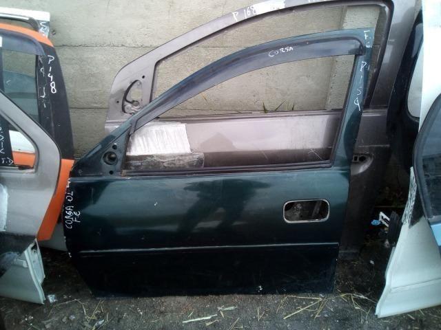 Porta Dianteira esquerda Chevrolet Corsa