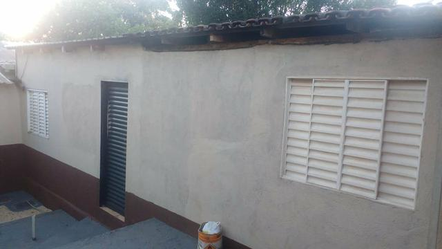 Casa com piscina sala de comércio barraco de aluguel - Foto 2