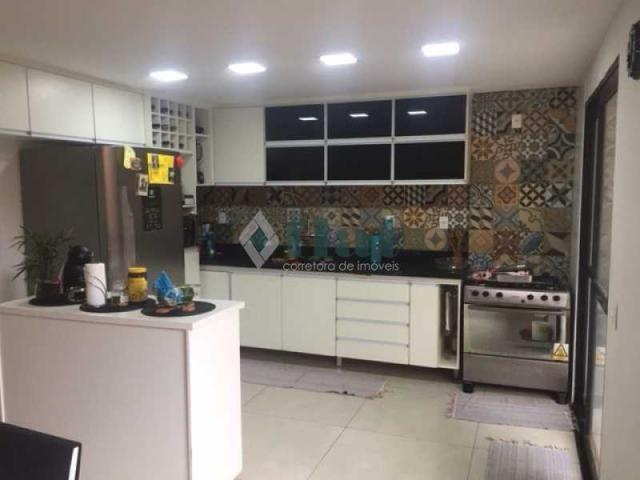 Casa de condomínio à venda com 4 dormitórios cod:FLCN40050 - Foto 10
