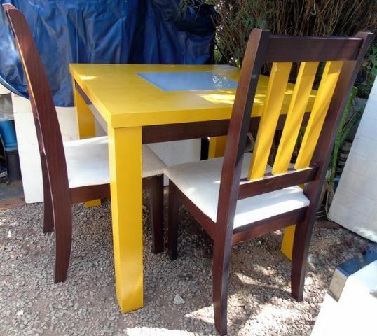 Mesa Madeira e Vidro com 4 cadeiras 90x90 cm - Foto 5