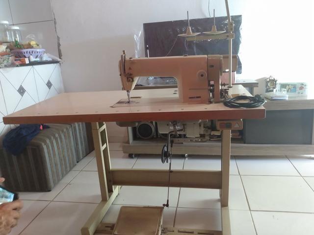 Máquina de costura industrial reta semi-nova