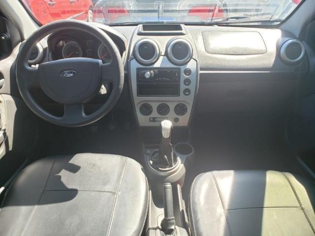 Ford Fiesta Sedan SEDAN 1.6 8V FLEX 4P - Foto 6