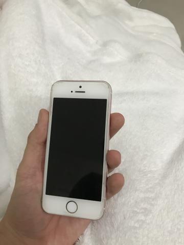 IPhone SE 64GB pego iPhone na troca - Foto 2