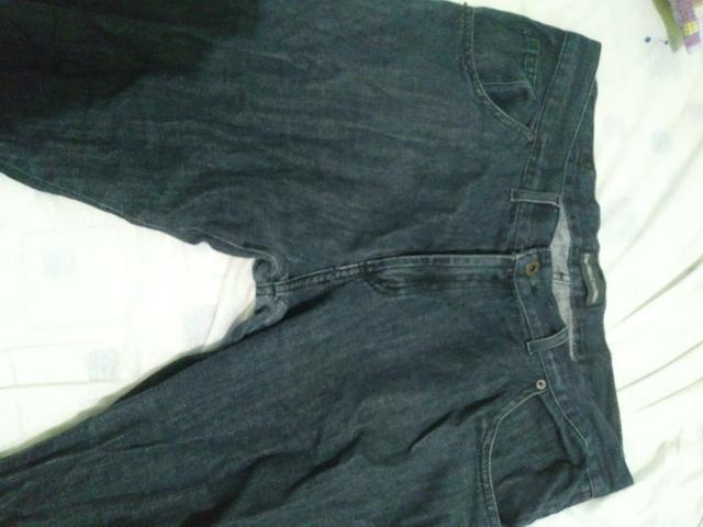 Calça jeans preta zerada