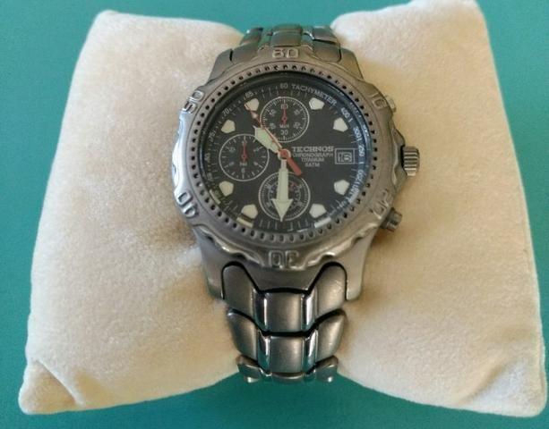 Relógio Technos Chronograph Titanium - Retro - Conservadíssimo!!! - Foto 2