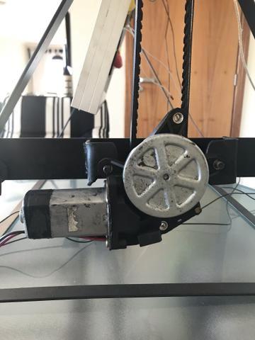 Tracker módulo solar mais estrutura com motor e movimentação unidirecional - Foto 3