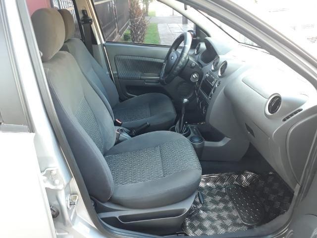 Fiesta Sedan 1.6 completo - Foto 6