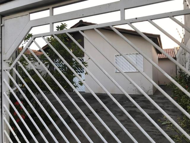 Casa com churrasqueira,cozinha planejada em terreno de 200m2 - Foto 20