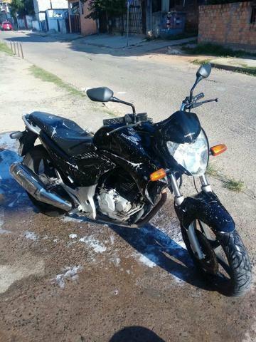CB300R 2011 Preta