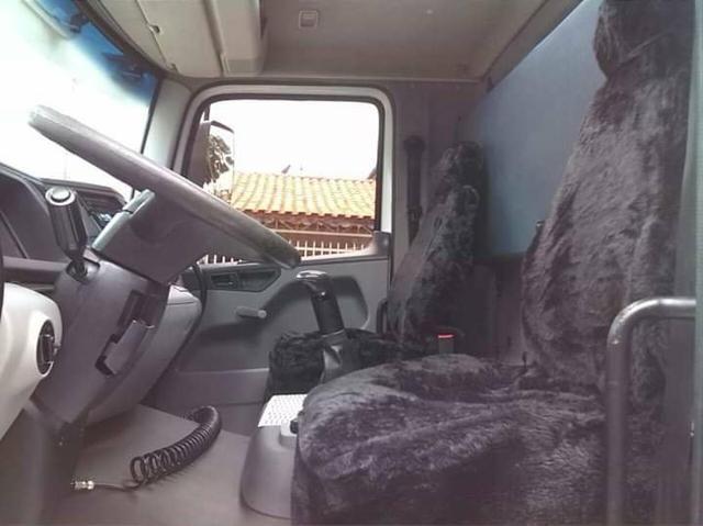 Caminhão VW Truck 24250 2012 - Foto 10