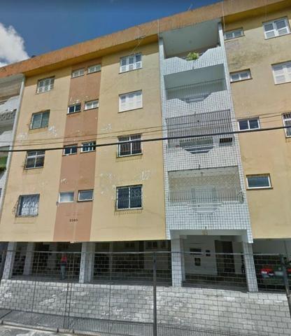 Apartamento no Condominio Edificio Evan próximo av Humberto Monte e José Bastos