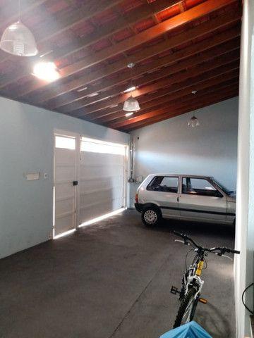 Casa Pulicano | Semi-Nova | Terreno 200m2 | 02 Quartos | 03 Garagens Cobertas