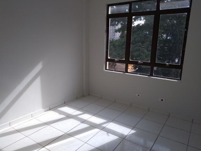 8273 | Apartamento para alugar com 3 quartos em Zona 03, Maringá - Foto 8