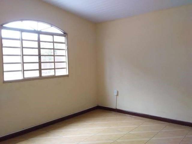 Casa com 4 dormitórios para alugar, 164 m² por R$ 1.900,00/mês - Cajuru - Curitiba/PR - Foto 9