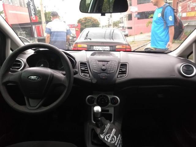 Ford Fiesta Hatch 1.5L SE Prata 2014/2014 ( 5P 111cv ) - Foto 7