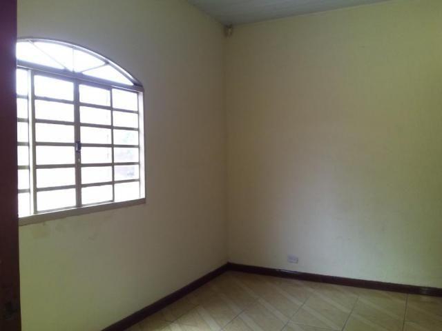 Casa com 4 dormitórios para alugar, 164 m² por R$ 1.900,00/mês - Cajuru - Curitiba/PR - Foto 2