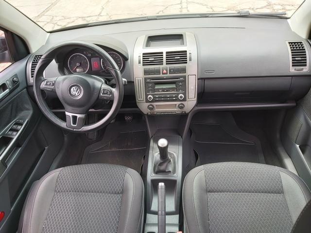 Polo sedan 1.6 Confortline 12/13 - Foto 5