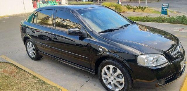 Astra hatch 2.0 2011 único dono 30 mil km - Foto 2