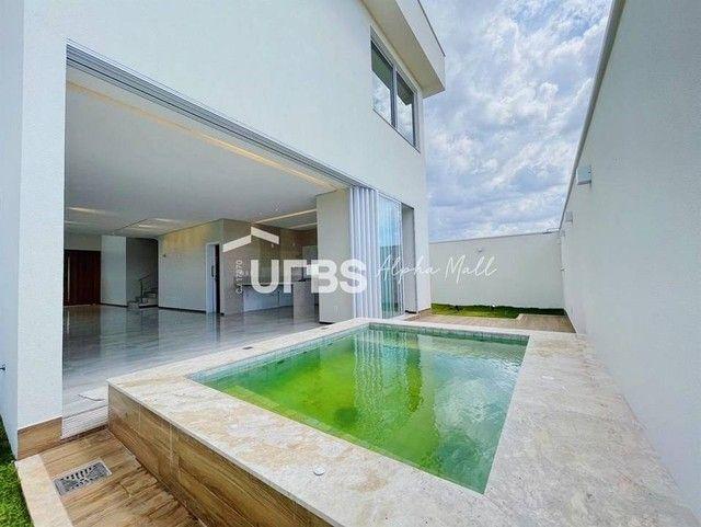 Casa de condomínio para venda com 214 metros quadrados com 3 quartos
