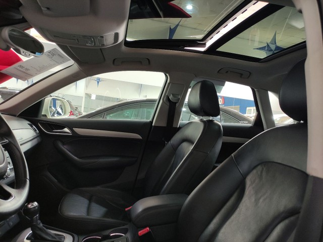 Audi Q3 2.0 turbo Ambiente  - Foto 4