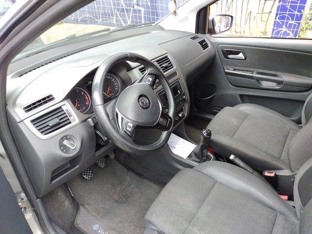 Vw - Volkswagen Fox Comfortline 1.6 completo - Foto 12