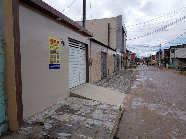 Vendo casa na rua Clara Nunes, próximo ao caic - Foto 4