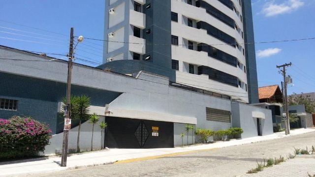 Belo Apartamento no Mirante com 03 Quartos e 120 Metros de área - Imperdível