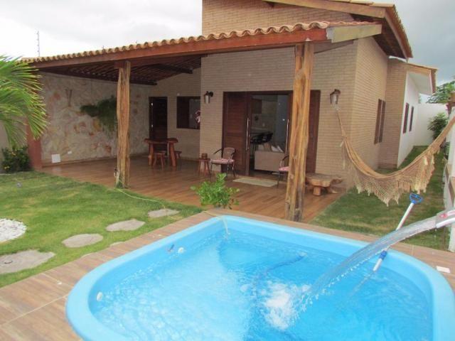 Casa com piscina em Massagueira!