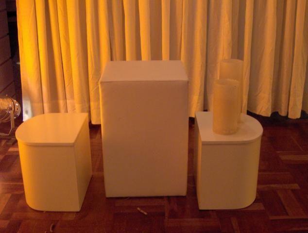 Aparador alto 50x50x75 usado em korino na cor branca - Foto 3