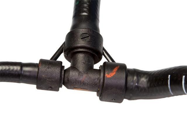 Mangueira Ramificada ( reservorio/ar-quente/coletor) Corsa novo e Montana - Foto 2