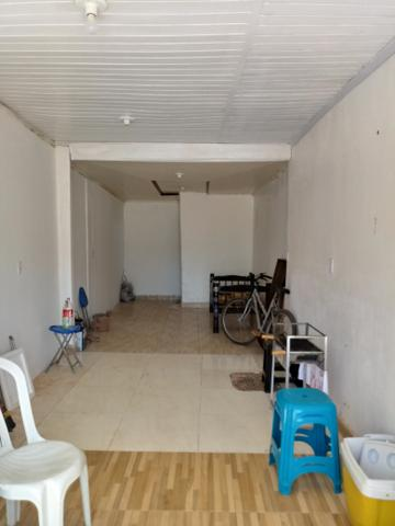 Casa e lote QNQ 2 avenida Comercial otimo pra renda