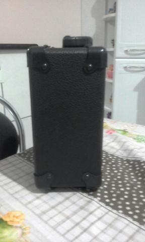 Vendo uma caixa amplificada, mais um cabo de 2,5m 110.00 - Foto 5