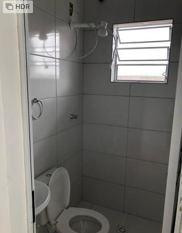 Kitnet quarto, cozinha, banheiro e lavanderia - Foto 3