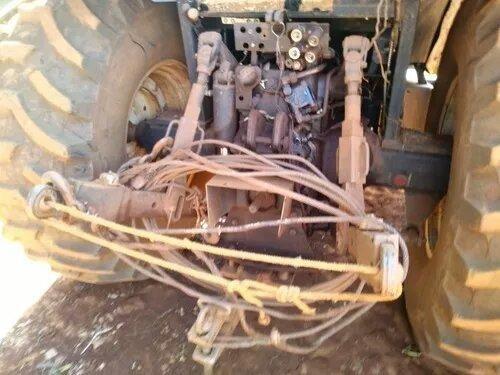 New Holland Tm 135 , Massey , Valtra , 2004 - Foto 2