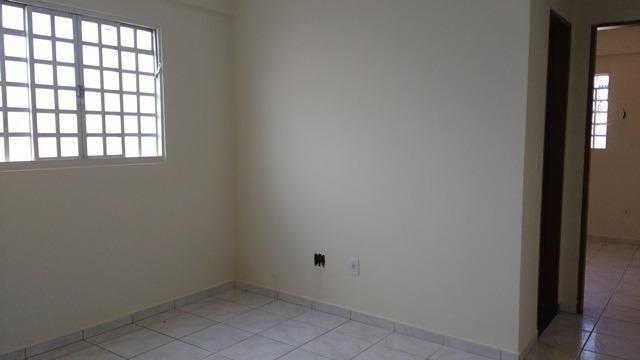 Samuel Pereira oferece: Apartamento 1 quarto térreo QMS 51-A Sobradinho Garagem - Foto 6
