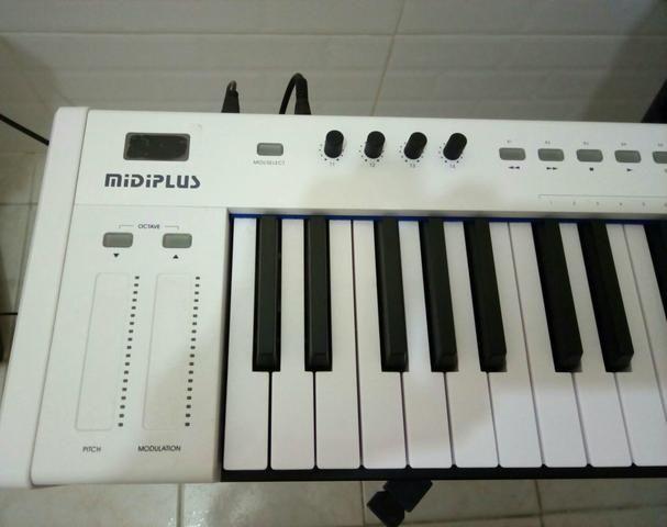 Controlador midiplus x6 - Foto 3