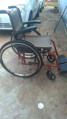 Cadeira de roda - Foto 4
