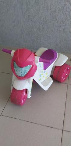 Moto elétrica Bandeirantes - Gatinha