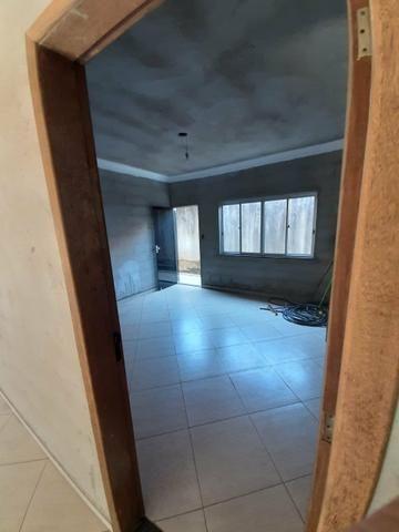 Casa e terreno (lote) com 5 quartos, 3 suítes, ótima localização, aquecimento solar - Foto 6