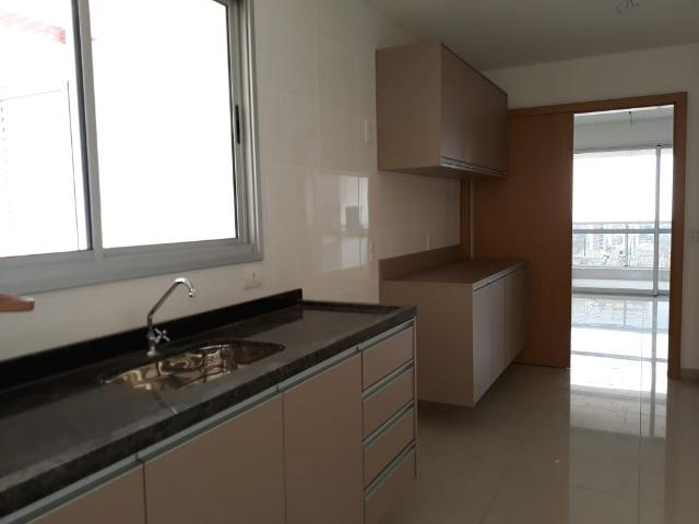 Apartamento Muito próximo aos Shoppings Estação e Goiabeiras - Foto 7