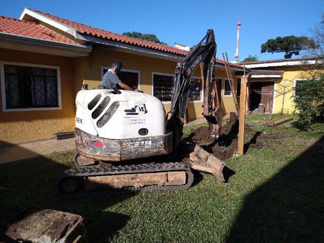 Perfuratriz com Bob Cat Mini Escavadeira - Foto 4