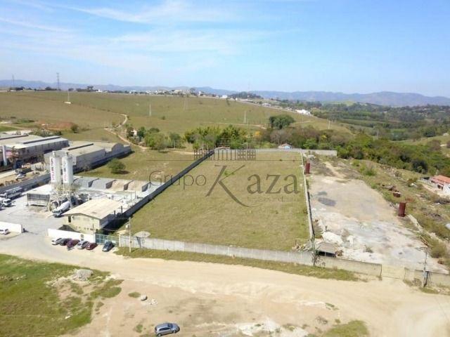 Area / Comercial - Bairro do Grama - Venda - Misto