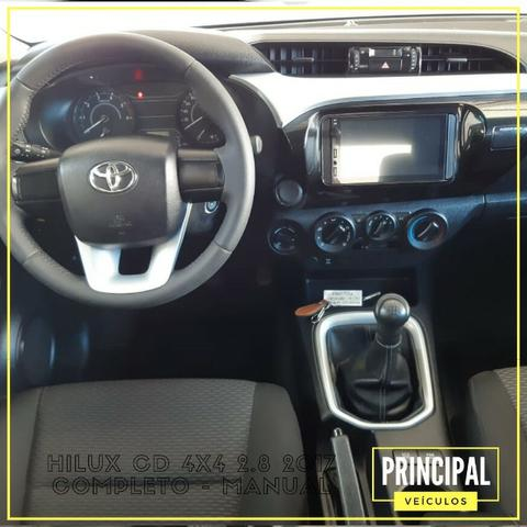Toyota Hilux Cd 4x4 2.8 2017 Completo - Manual - Foto 6