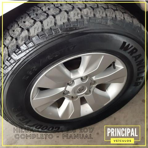 Toyota Hilux Cd 4x4 2.8 2017 Completo - Manual - Foto 10
