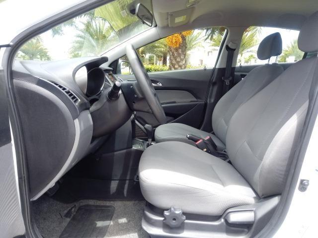Hyundai HB20S Comfort Plus 1.6 flex Aut. Branco 2015 - Foto 10