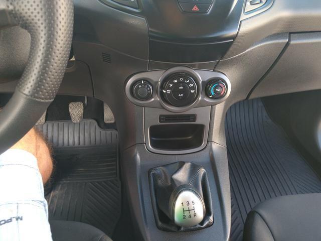 New Fiesta LS 1.5 - Foto 9