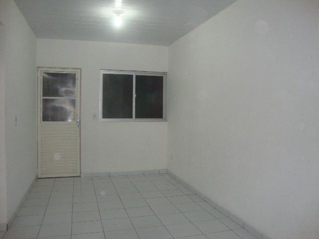 Alugo Casa cond. fechado, Bairro Santos Dumont,Maceió-AL, (500,00), 2 quartos, com garagem - Foto 4