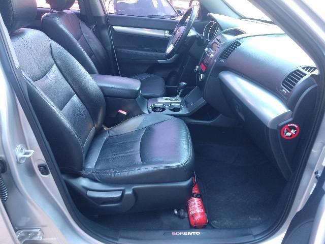 Kia Sorento EX 3.5 V6 4x4 Automático 07 lugares - Foto 3