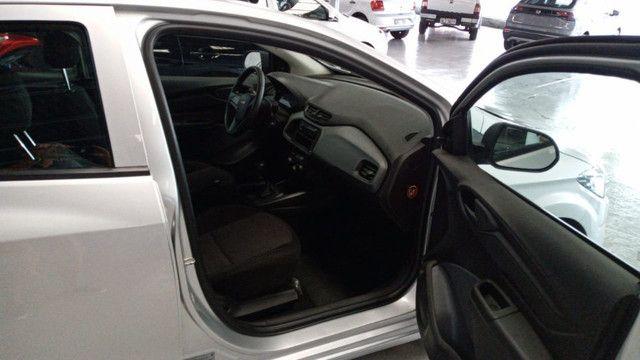Chevrolet Onix Joy 1.0 - Foto 10
